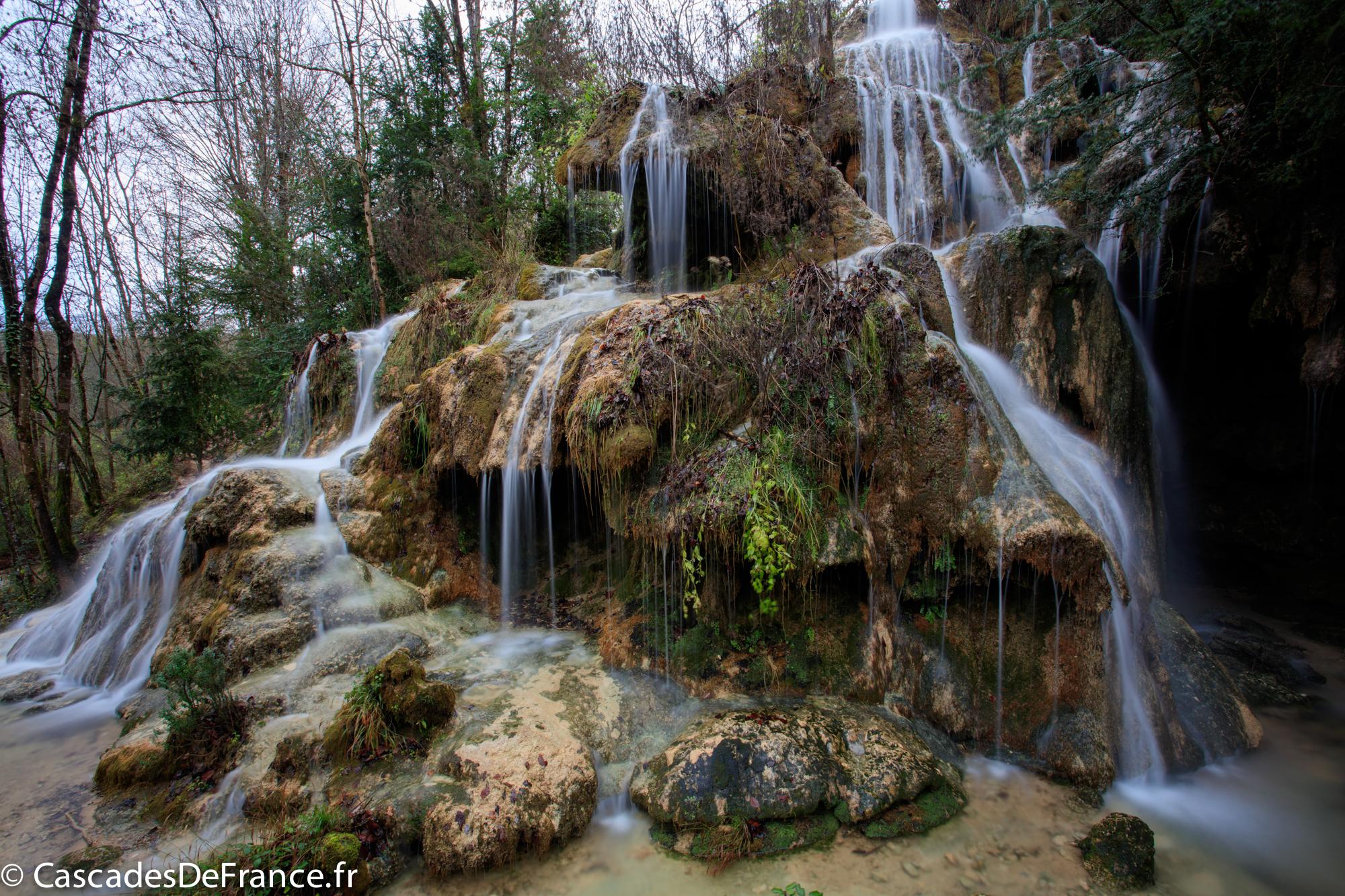 2I6A6154-1-cascade roquefort les cascades-cdf