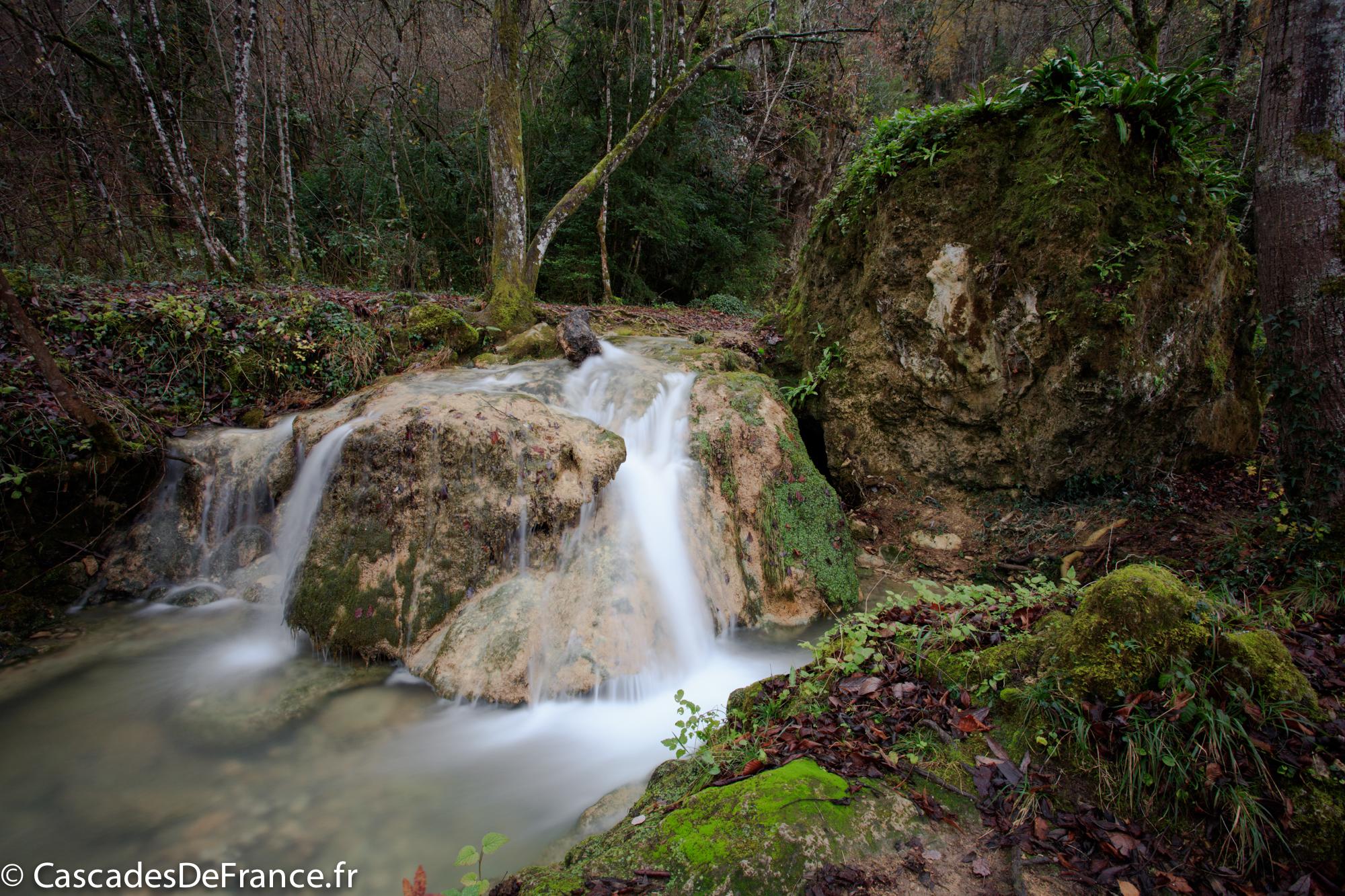 2I6A6159-cascade roquefort les cascades-cdf