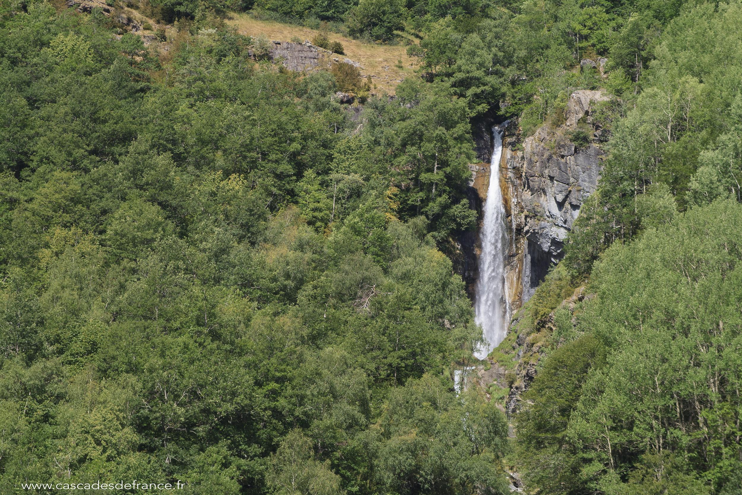 IMG_0547-1 cascade pich gaillard pyrennes-cdf