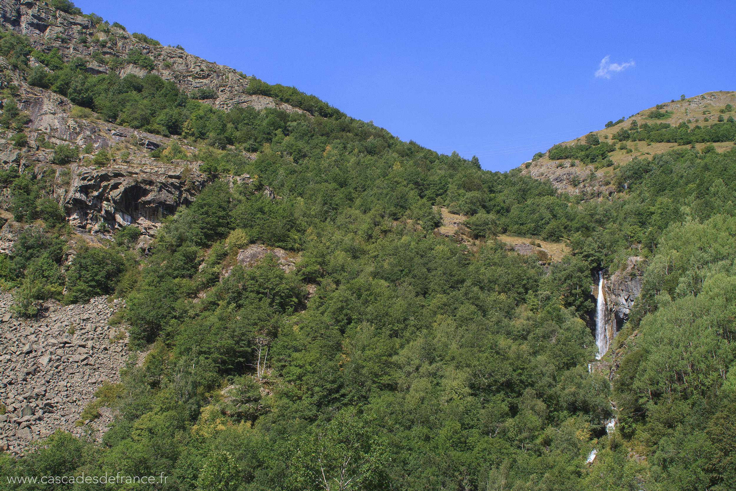 IMG_0549-1 cascade pich gaillard pyrennes-cdf