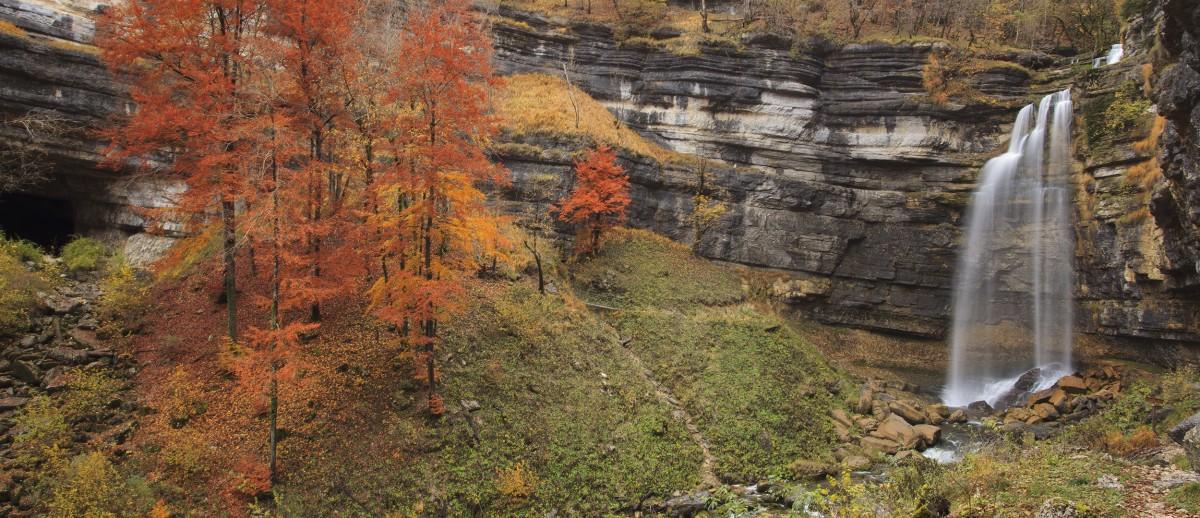 IMG_1309-cascade hérisson grand saut automne-jura-cdf
